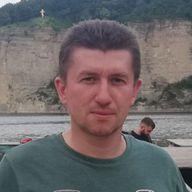Роман Казновецкий