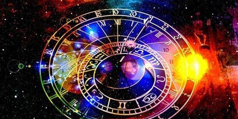 Четыре знака Зодиака считают гороскопы ерундой - верят только в собственные силы