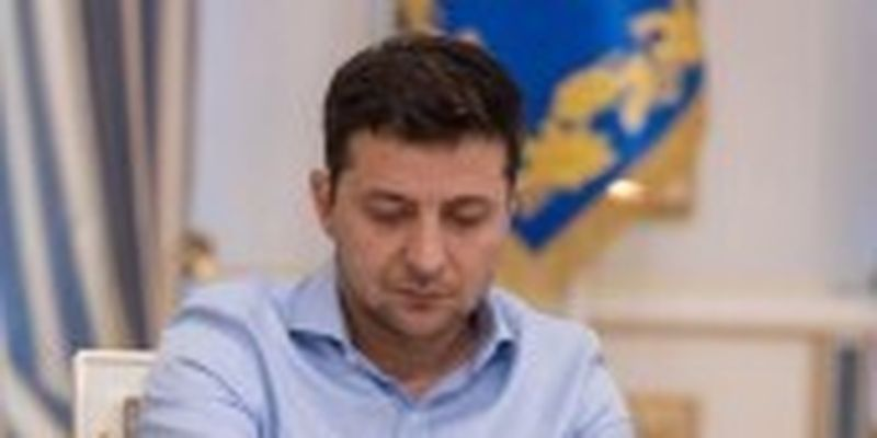 Зеленський підписав закон щодо зняття вікових обмежень для роботи на держслужбі