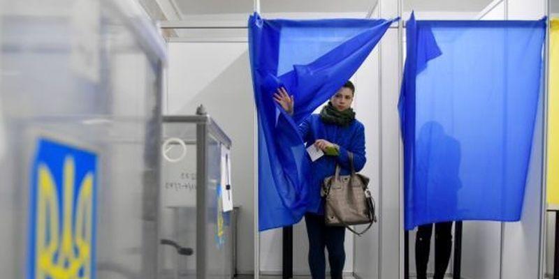 Опитування Зеленського: експерти пояснили, в чому секрет п'яти запитань від президента