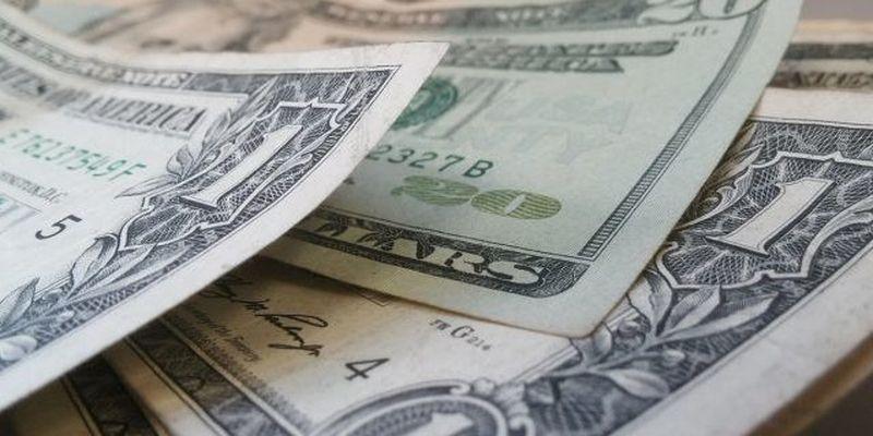 Долар та євро послабили позиції: курс валют в Україні 8 вересня