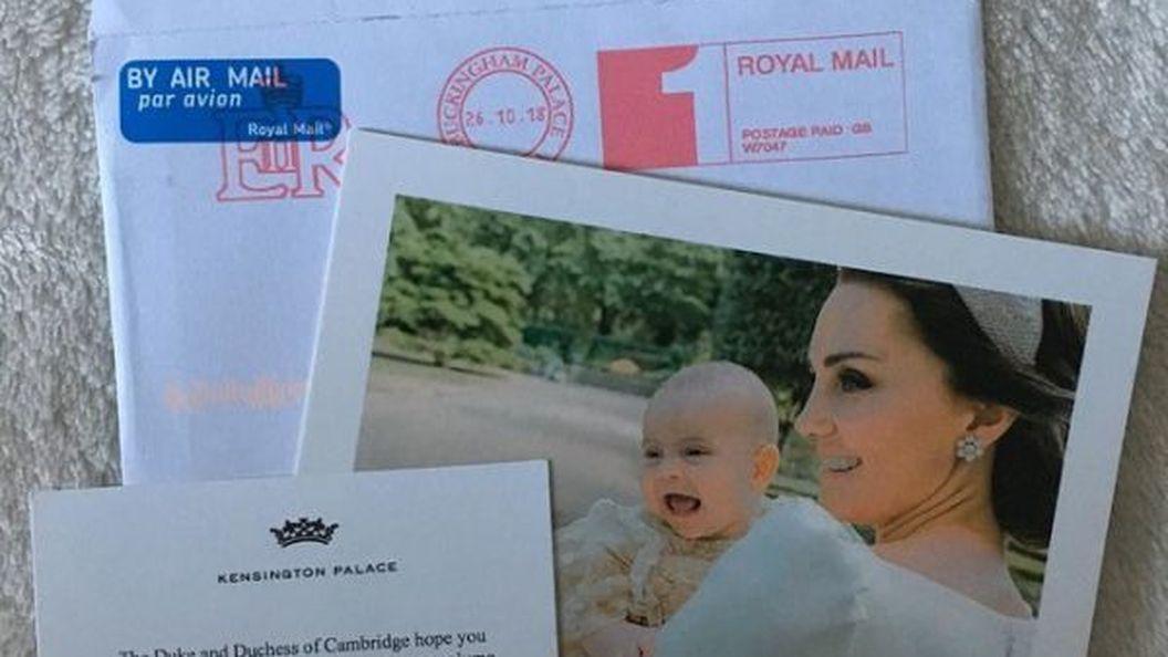 Кейт Міддлтон і принц Вільям відправили шанувальникам фото принца Луї