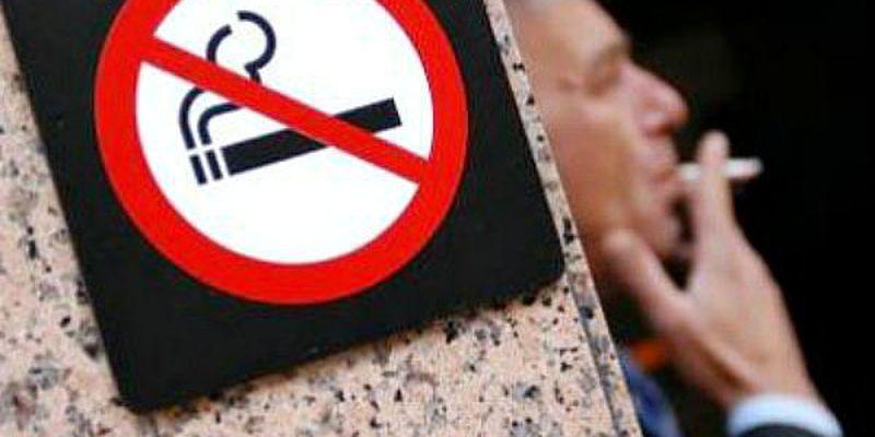 Цьогоріч поліцейські Львова покарали більше 3 300 курців у громадських місцях
