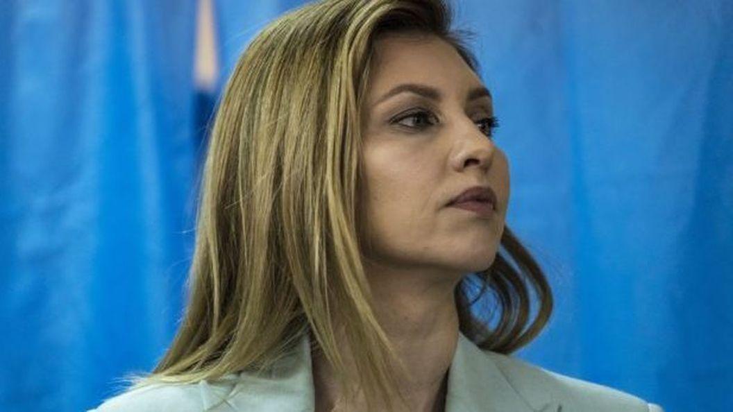 Елена Зеленская в Берлине: деловой образ первой леди Украины подвергся первой критике – «Это самый ужасный наряд»