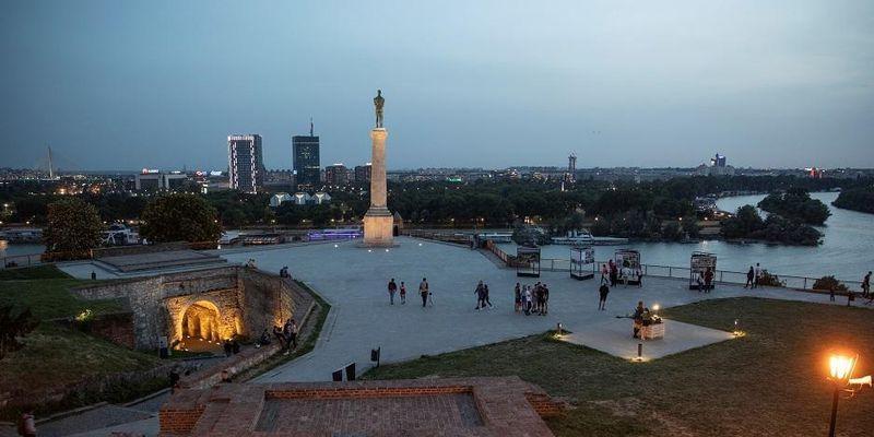 У Сербії вводять більш жорсткий карантин
