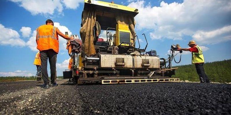 """Укравтодор підвищить зарплати дорожникам на 20% і залучить нових фахівців для """"Великого будівництва"""""""