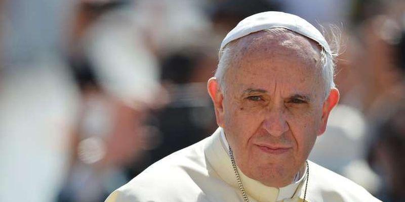 У резиденції Папи Римського виявили коронавірус