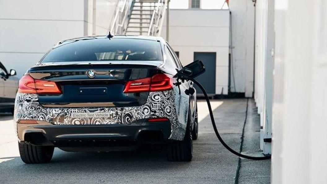BMW перетворила «п'ятірку» на 720-сильний електрокар