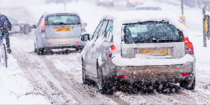 В Україну йдуть дощі та сильні снігопади – де чекати негоди