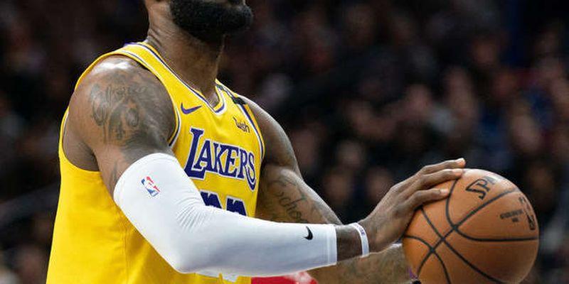 В НБА баскетболіст заробив $1 млрд