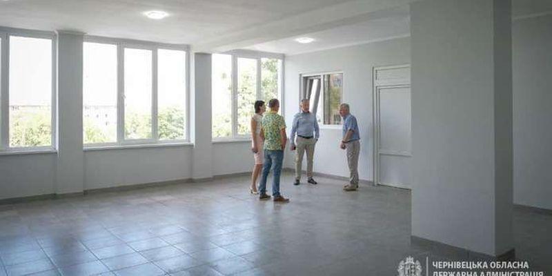 На Буковині триває реконструкція Чернівецької обласної ДЮСШ