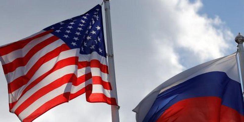 США хочуть вислати російських дипломатів - Bloomberg