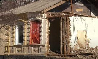 У Черкасах забудовник демонтував частину історичної будівлі, щоб звести багатоповерхівку