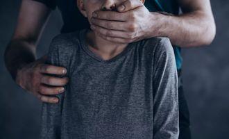Пришел в гости: под Днепром подросток изнасиловал 2-летнюю девочку