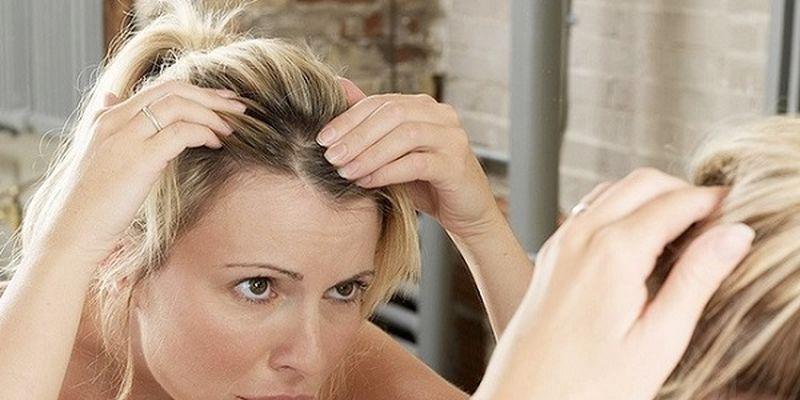 Вчені вияснили, чому волосся сивіє від стресу