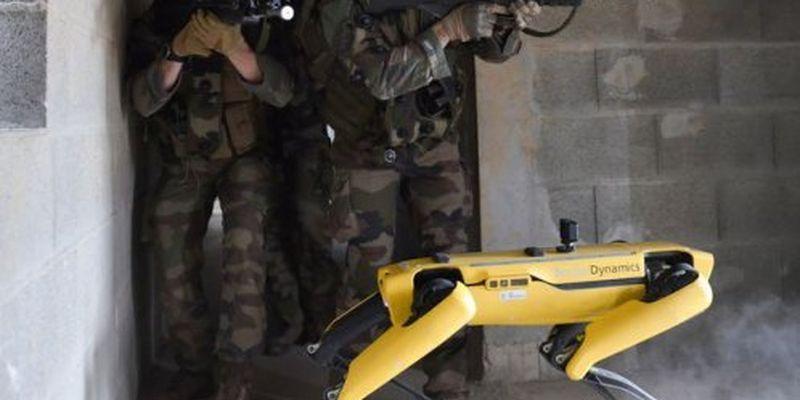 Військові випробували роботів під час навчань