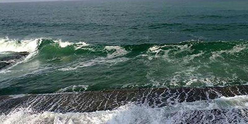 Росія перекидає більше 10 кораблів у Чорне море