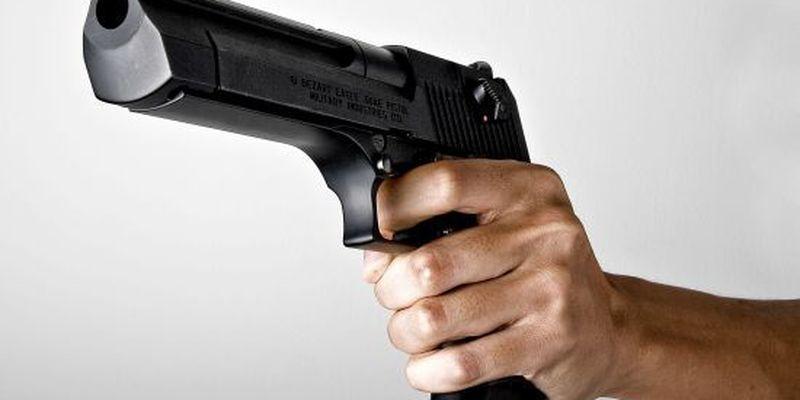 Росіянка випадково вистрілила собі в голову, роблячи селфі