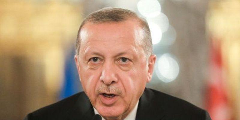 Ердоган звинуватив США, Росію та Францію у збройній підтримці Вірменії в боях за Нагірний Карабах