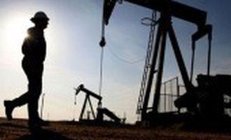 Ціни на нафту впали на тлі несподіваного збільшення запасів у США