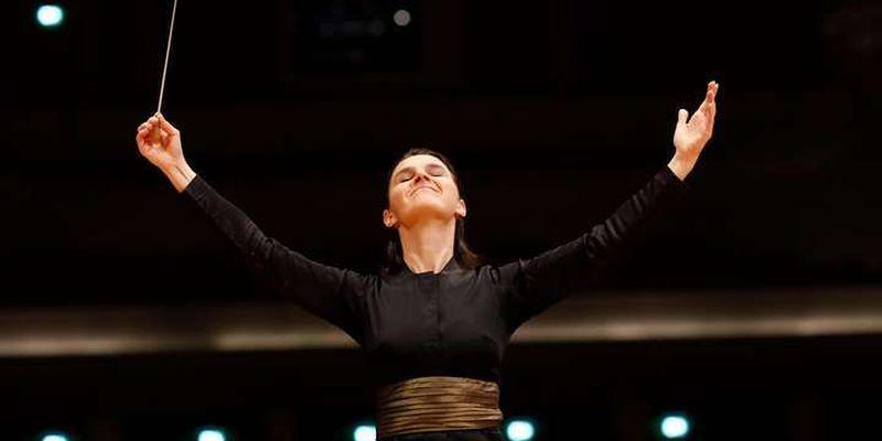 Вчора у Німеччині відбувся дебют першою жінки-диригента Оксани Линів