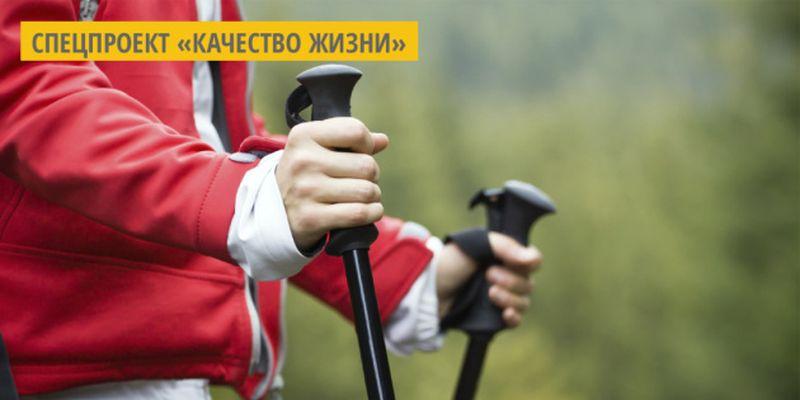 На Волыни пенсионерки практикуют скандинавскую ходьбу