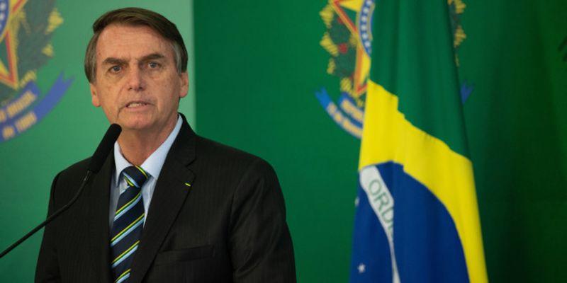 YouTube удалил видео президента Бразилии из-за COVID-фейков