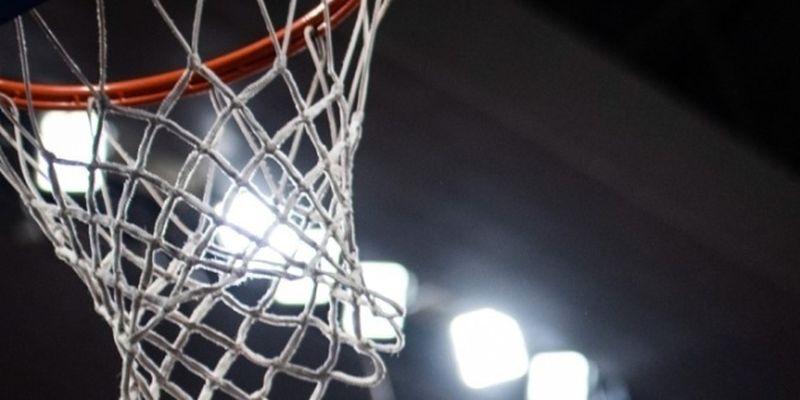 НБА. «Вашингтон» Леня победил в Сакраменто, «Голден Стэйт»» разгромил «Оклахому» Михайлюка