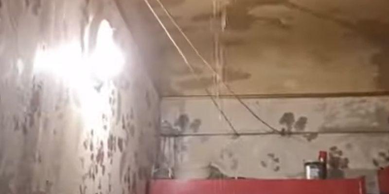 У Києві через прорив труби квартиру залило окропом