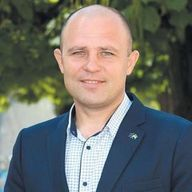 Александр Коринный