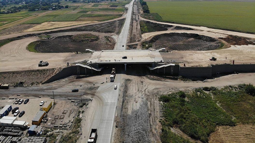 В Полтавской области показали строительство двухуровневой развязки-