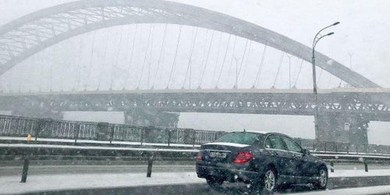 Снігопади повертаються: яким областям приготуватися