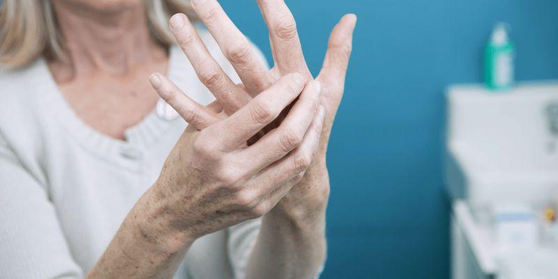Есть ли взаимосвязь между артритом и хрустом суставов?