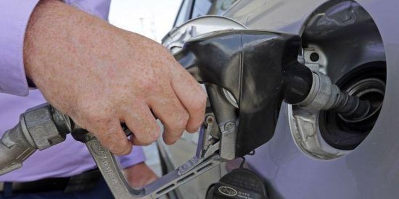 На автозаправках помітили ріст вартості бензину