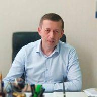 Виктор Олейник