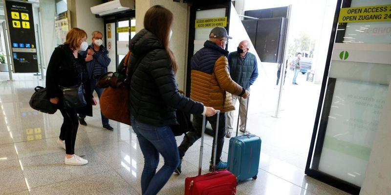 На фоне пандемии доля туризма в мировой экономике упала в два раза