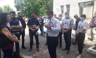 Глава ОБСЕ посетила прифронтовую Красногоровку