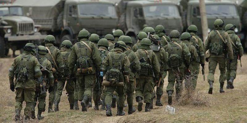 Россия перебрасывает к Украине личный состав из трех военных округов