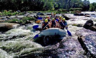 На Південному Бузі пора рафтингу: інструктори чекають напливу туристів через закриті кордони