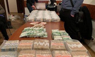 $3,7 млн и 100 шекелей наличными: адвоката со взяткой для судьи Вовка задержали