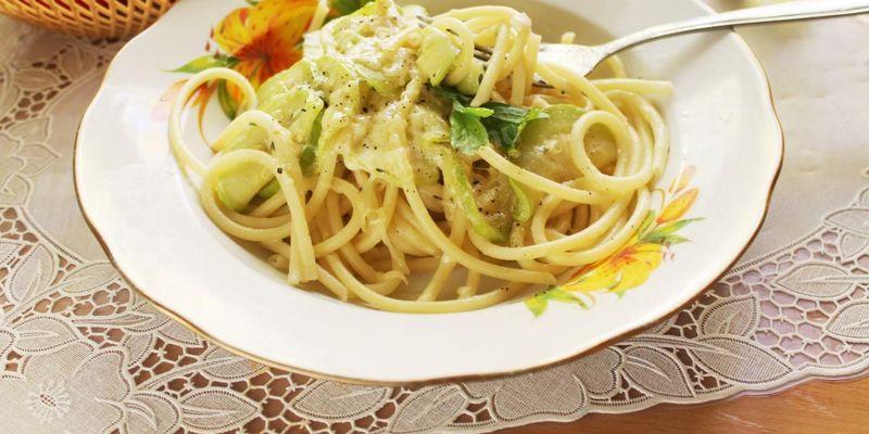 3 самых простых и быстрых рецепта макарон из двух ингредиентов