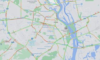 Затори в Києві: на Броварському проспекті зранку сталося три аварії