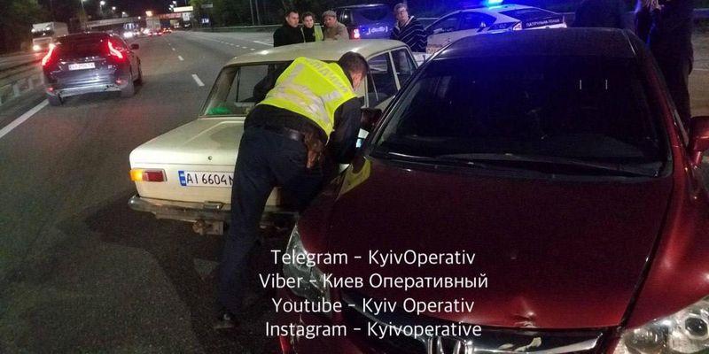У Києві таксист влаштував потрійну ДТП: в авто перебували двоє дітей