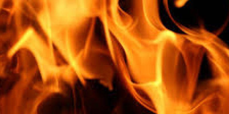 В Сумской области на дороге загорелся грузовик с топливом – ГСЧС