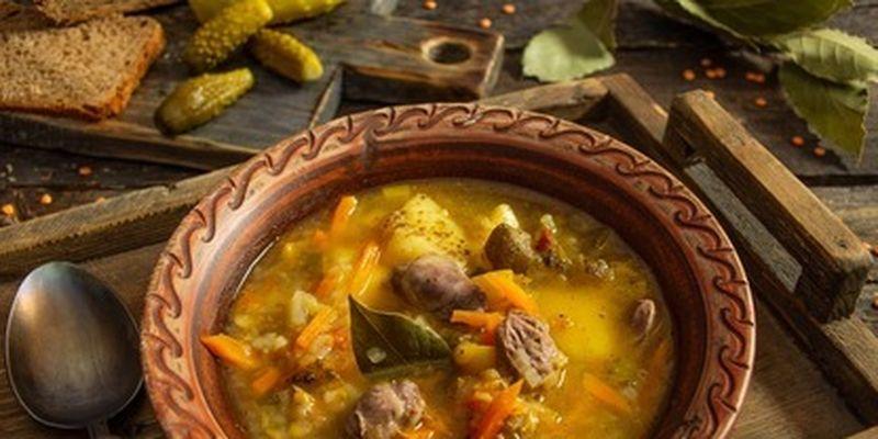 Как приготовить вкусный рассольник с малосольными огурцами: рецепт/Разнообразьте свою меню вкусным супом