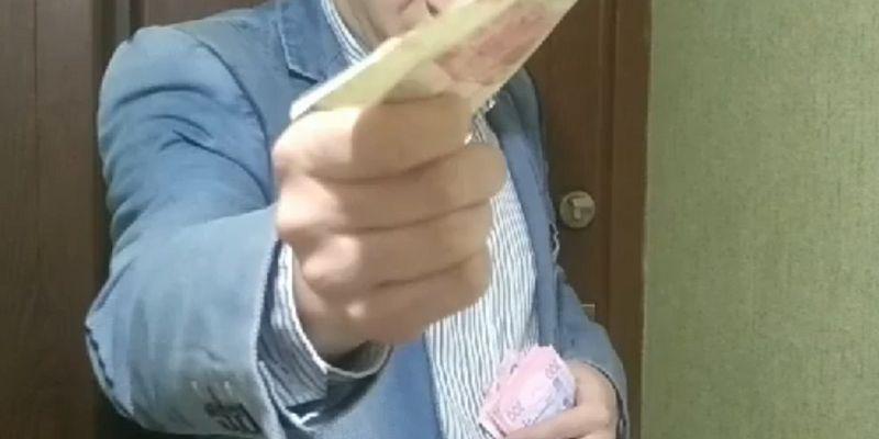 Волинянин опублікував гумористичне відео про підкуп виборців під-час виборчої агітації