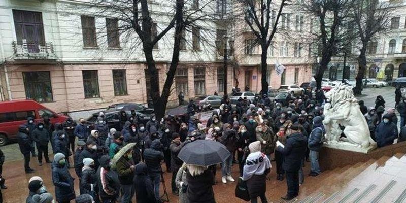 В регионах протестуют против усиления карантина