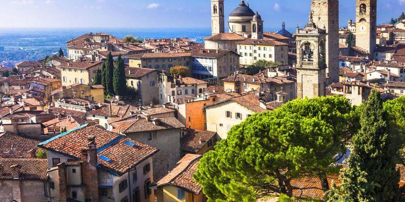 """В Италии с мая начнёт действовать """"зеленый паспорт"""" для туристов"""