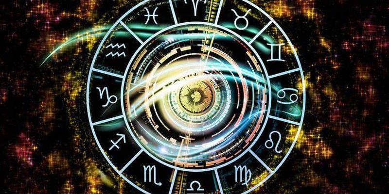 Гороскоп на 13 января: что ждет в новолуние Дев, Стрельцов, Рыб и другие знаки Зодиака