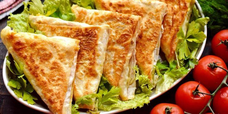 Рецепт конвертиков из лаваша с сыром